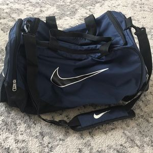 Nike gym/travel bag. Gently used. Wiped clean.